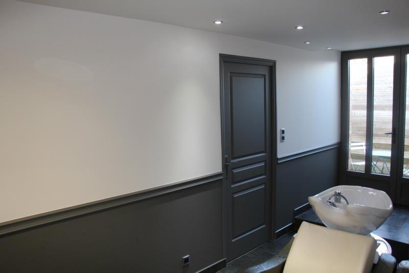 Travaux peinture rennes repeindre cuisine sol mur plafond d corative aimant e - Peindre mur ou plafond en premier ...