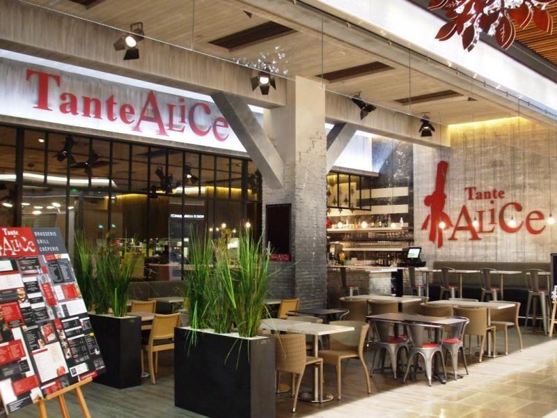 Tabac Bar L Instant Cafe